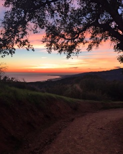 Sunset is amazing in this hiking!